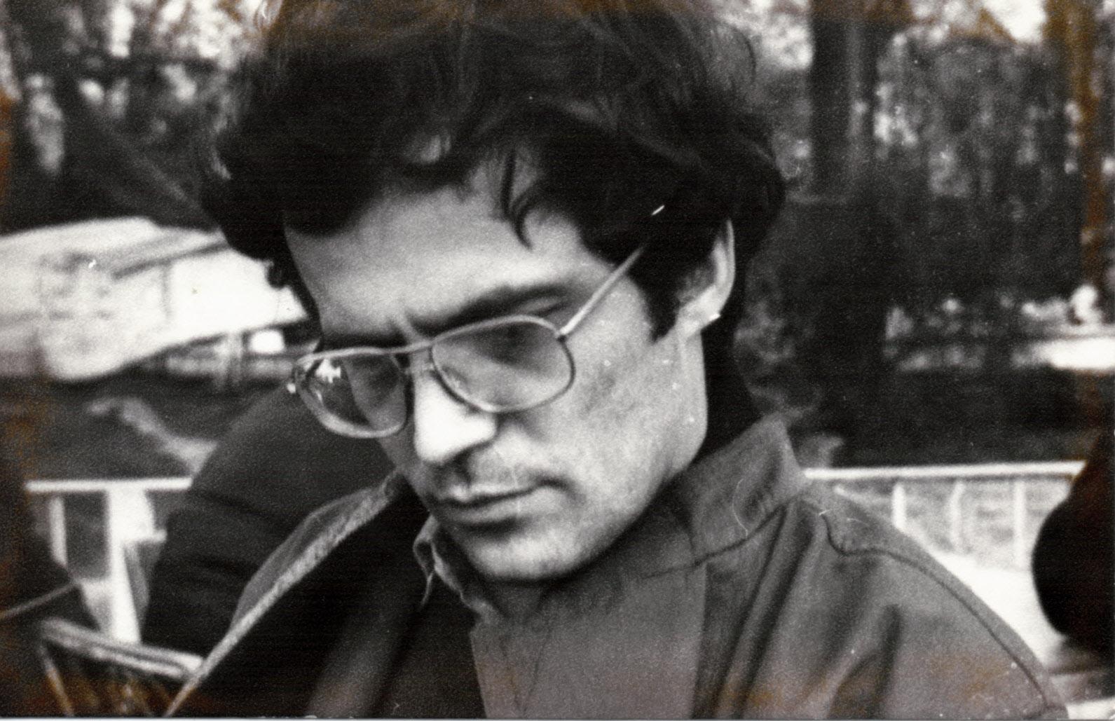 Образцови отклонения: Вечер с философията и лириката на проф. Димитър Зашев (ОТЛОЖЕНО)